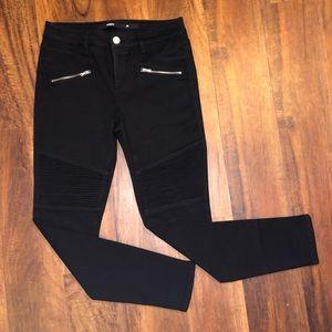 Moto Zipper Skinny Jeans